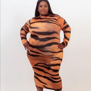 Dresses & Skirts - Printed Plus Size Dress